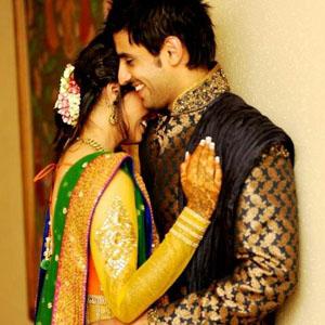 Sona Love Shayari, Ishq main sab shayari karne lagte hain...
