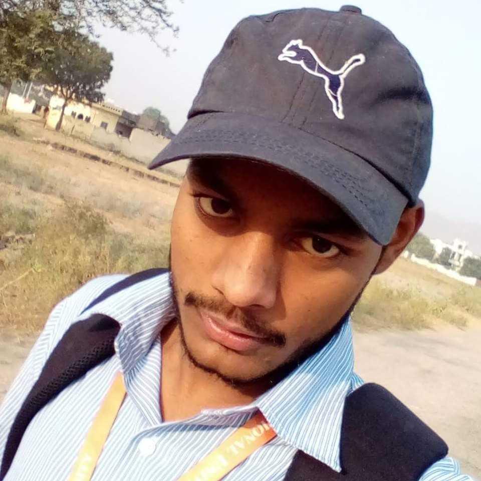 mksmahi | Blogger | Story Writer | YQ: @mksmahitanwar |