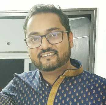 Yogi Raj Sunta hu, samajhta hun, kabhi kabhi likhta bhi hun