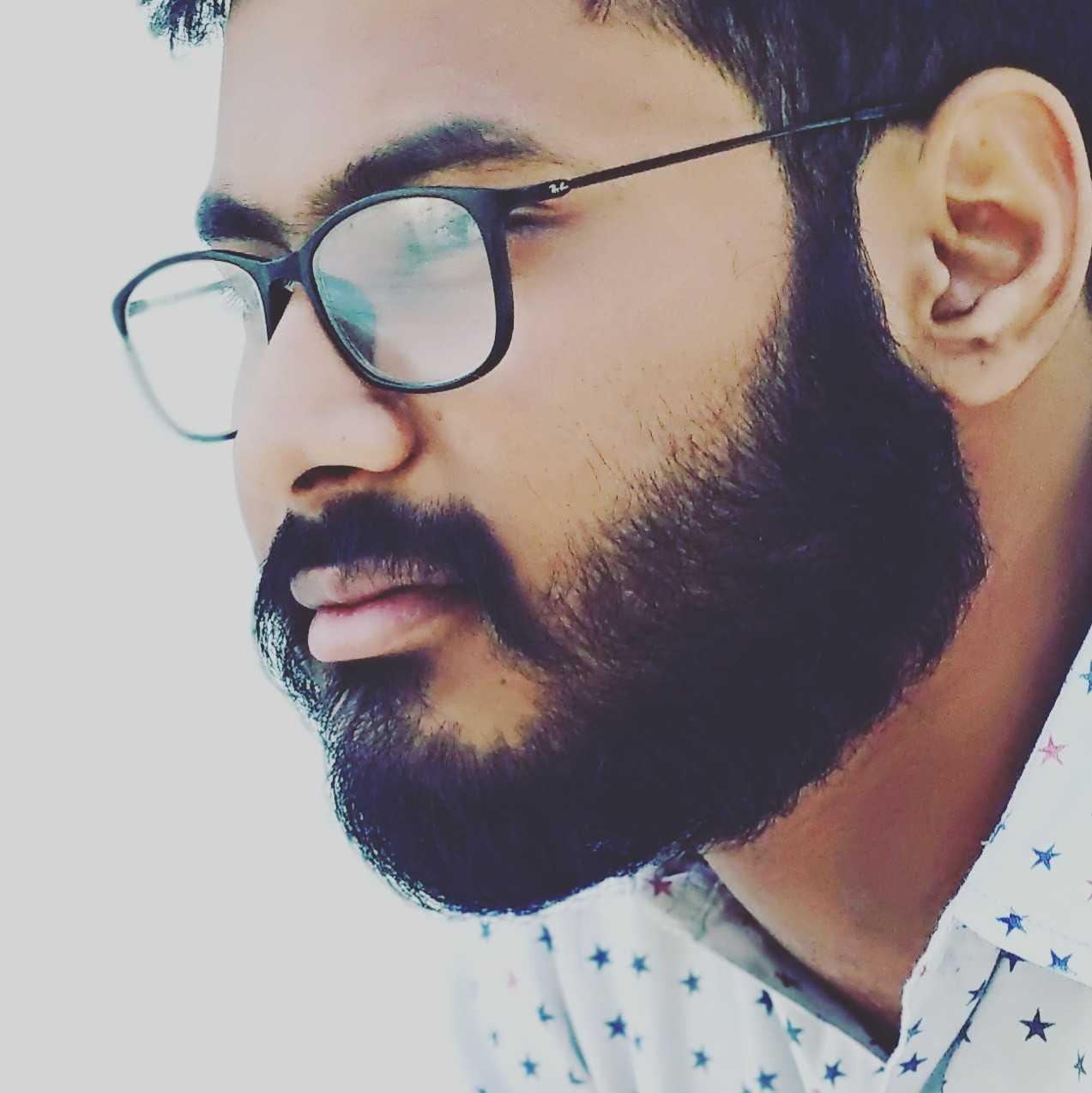 Aditya Prakash Kamma writter📖 engineer 🏃dreamer😇 storyteller 😎 express my love by my poems....to listen my poem go to youtube search----> (Aditya Prakash Kamma)