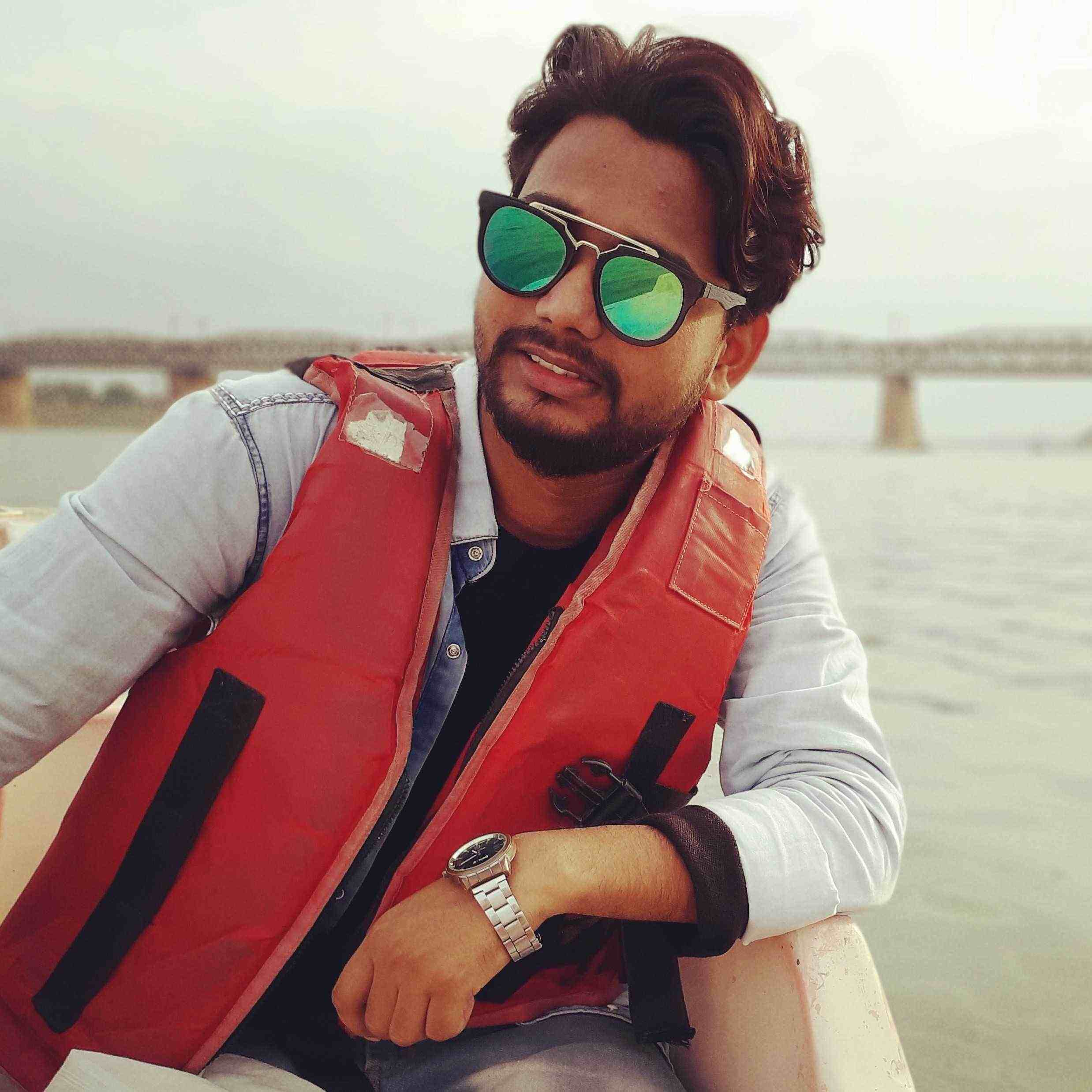 Anand Raj lyrics writer.. 8917782724