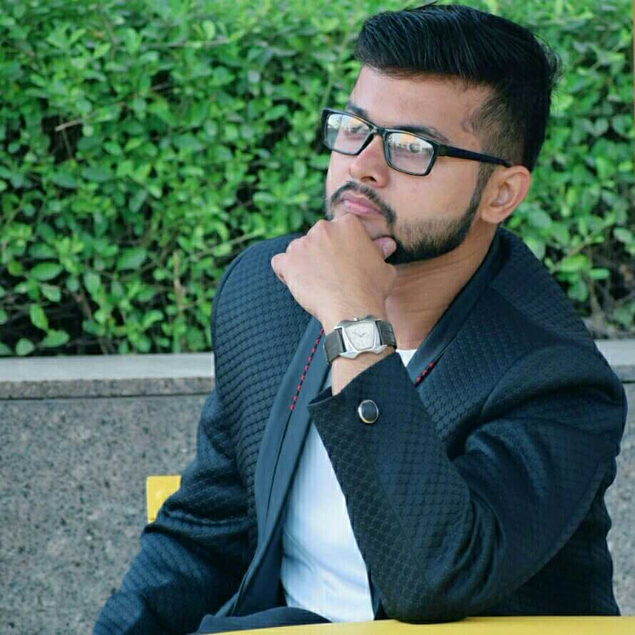 "Vaibhav Sharma  Model, ""Mr. Congeniality 2K18 Icon"" 🏆& Poet by heart ♥"
