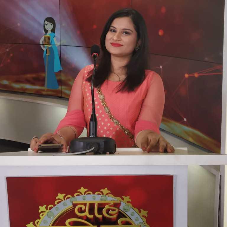 Bhawna Paliwal bs  ek  kitaab  jo  etni  kulli  he  ke  hr  koi  pd  ske  or  etni  hi  bnd  ki  koi  na samaj  ske