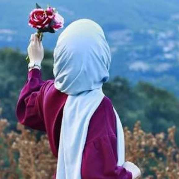 Zainab Hussain