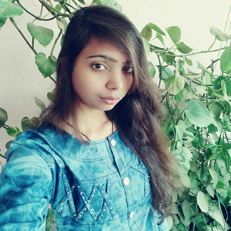 Divya Pundhir  Science Lecturer