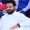 Ankur Singh कहने को बहुत कुछ है जनाब आइए जरा फुरसत में, ख़ामोश चेहरा और हंसते हुए होंठो से मज़ा आएगा गुफ्तगू में। Follow instagram id - @ankaha_ehsaas