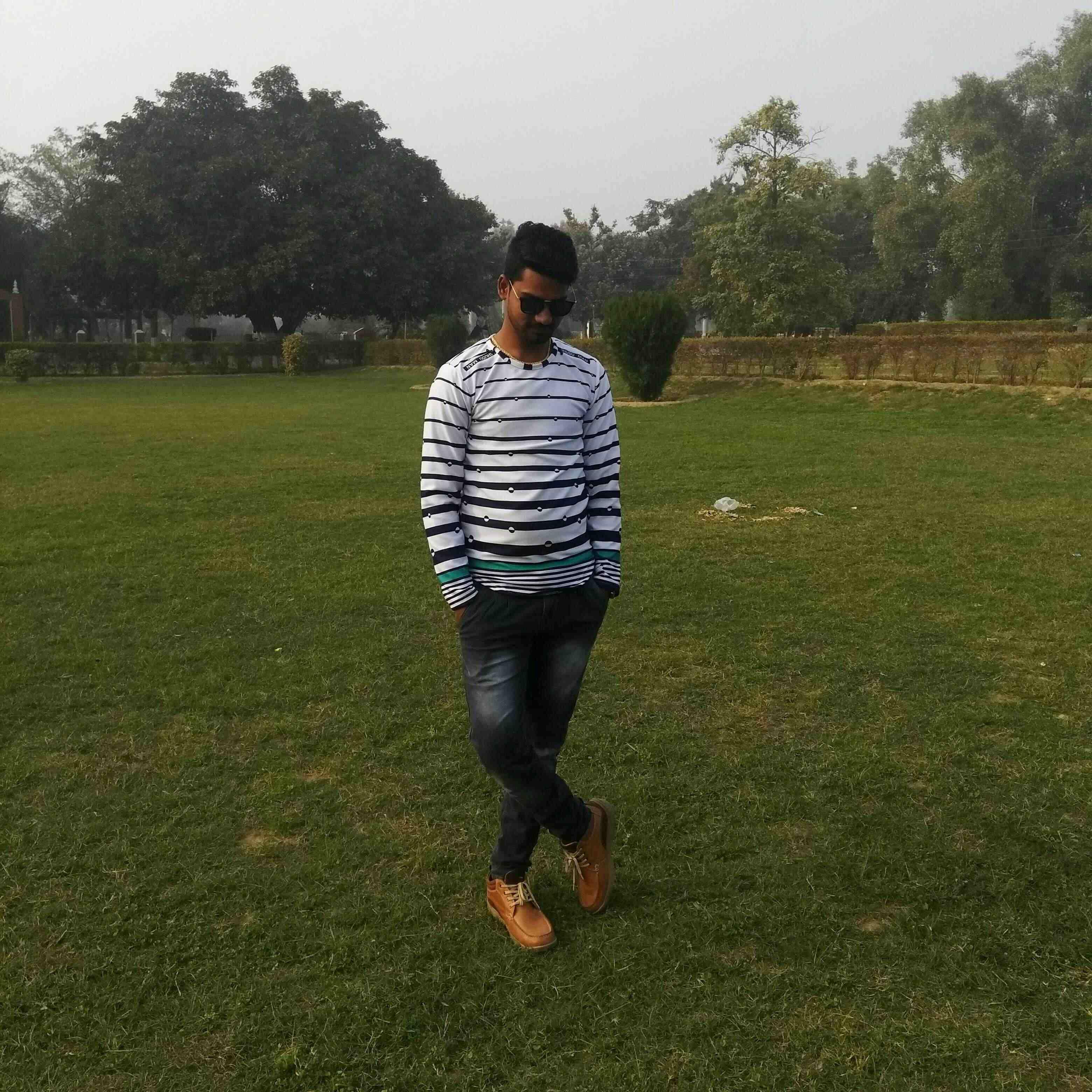 Abhimanyu Singh My Hands Write 📝 What My Heart Bleed💔