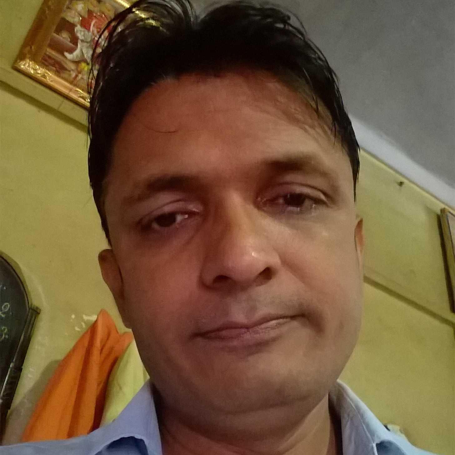 विभूति गोण्डवी