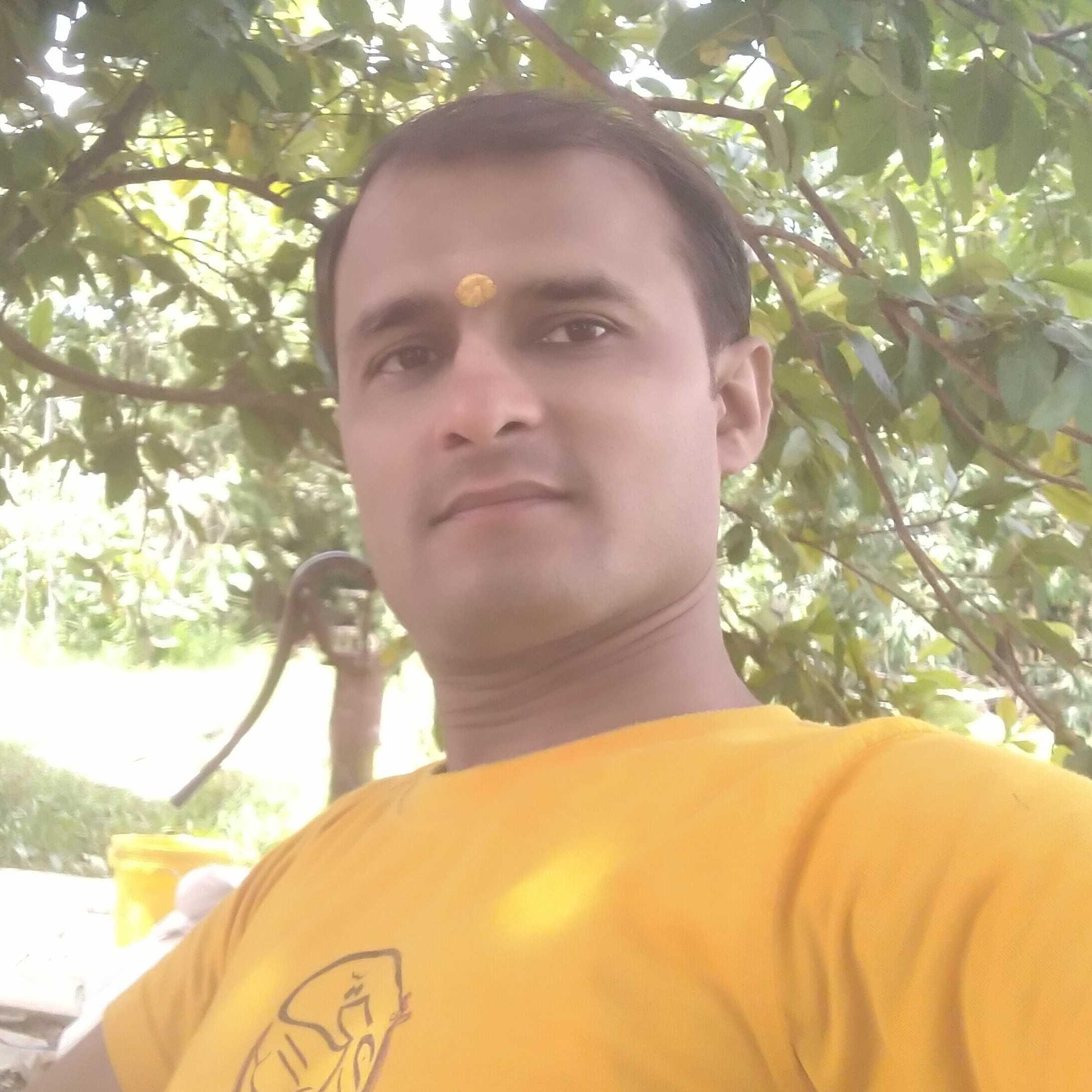 अरुणशुक्ल अर्जुन