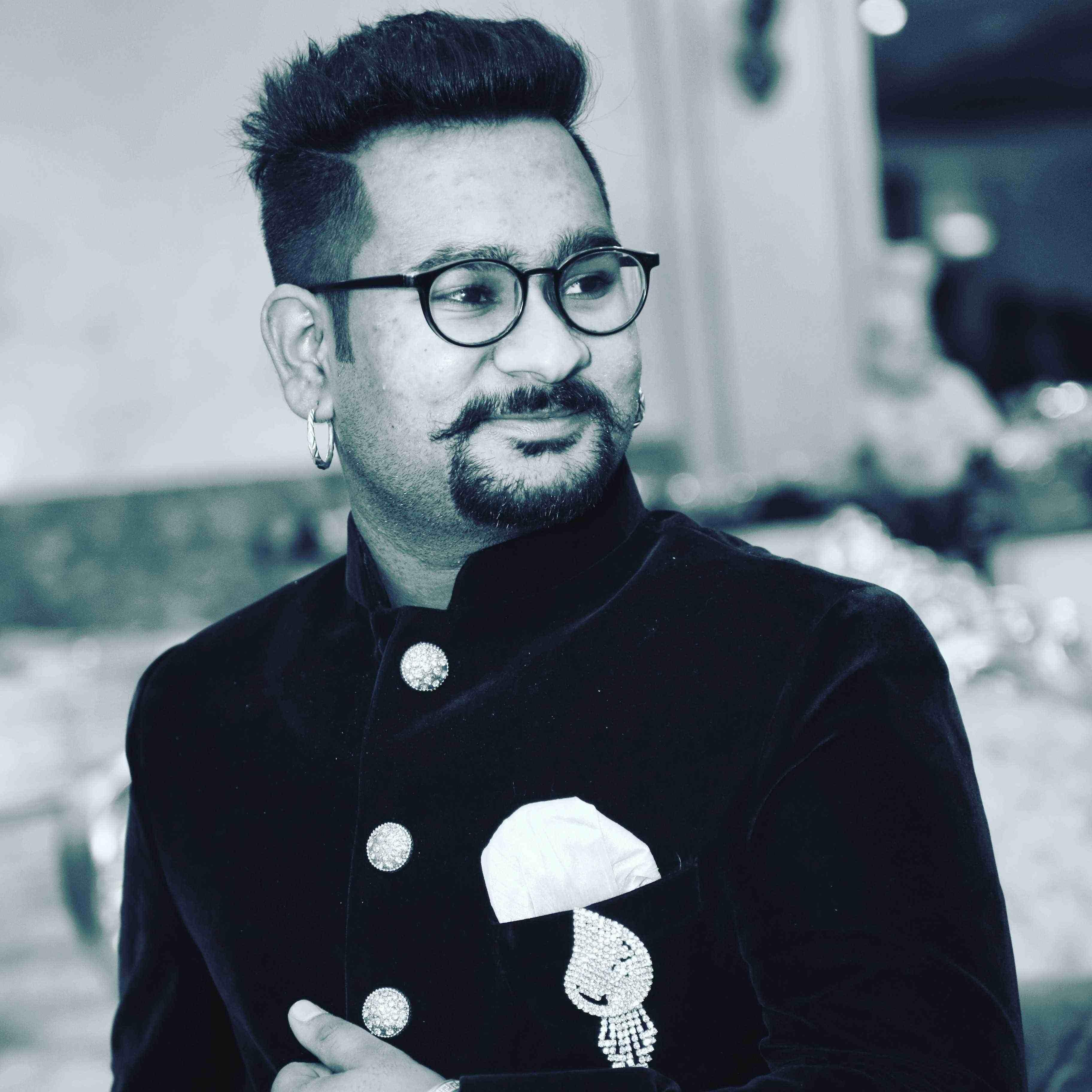 Darvesh Music Shayari Status Quotes Nojoto