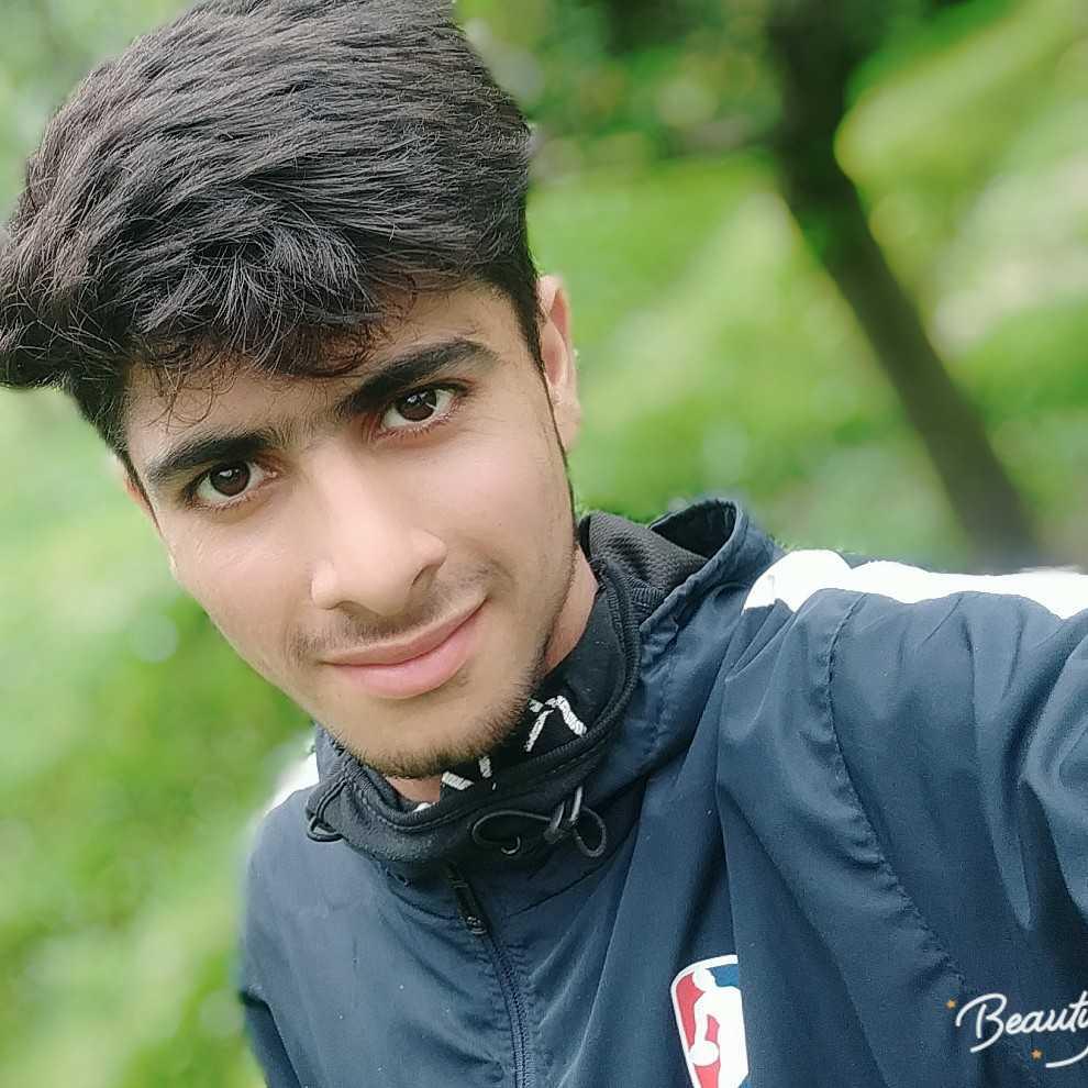 Ehsaan Danish 🌟