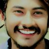 """AK Ajay Kanojiya """"एक छुपी हुई पहचान रखता हूँ, बाहर शांत हूँ, अंदर तूफान रखता हूँ, रख के तराजू में अपने दोस्त की खुशियाँ, दूसरे पलड़े में मैं अपनी जान रखता हूँ। रब से ही माँगा करता हूँ बंदौ से नहीं माँगता, मैं मुफलिसी में भी नवाबी शान रखता हूँ। मुर्दों की बस्ती में ज़मीर को ज़िंदा रख कर, ऐ जिंदगी मैं तेरे उसूलों का मान रखता हूँ।"""""""