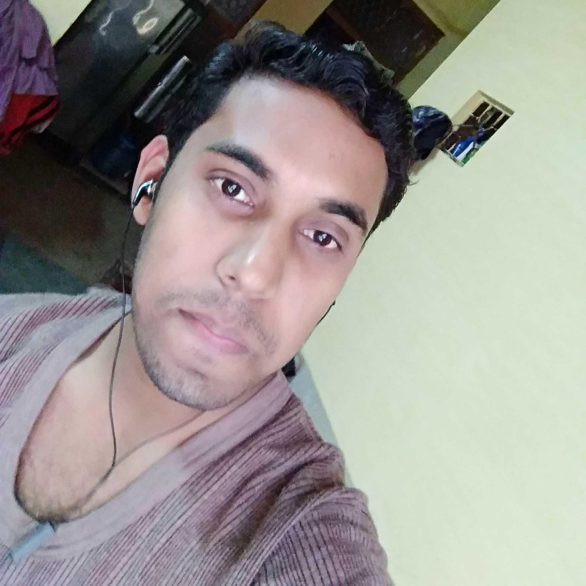 "Deepak ""dilwala"" एक कवि और एक लेखक"