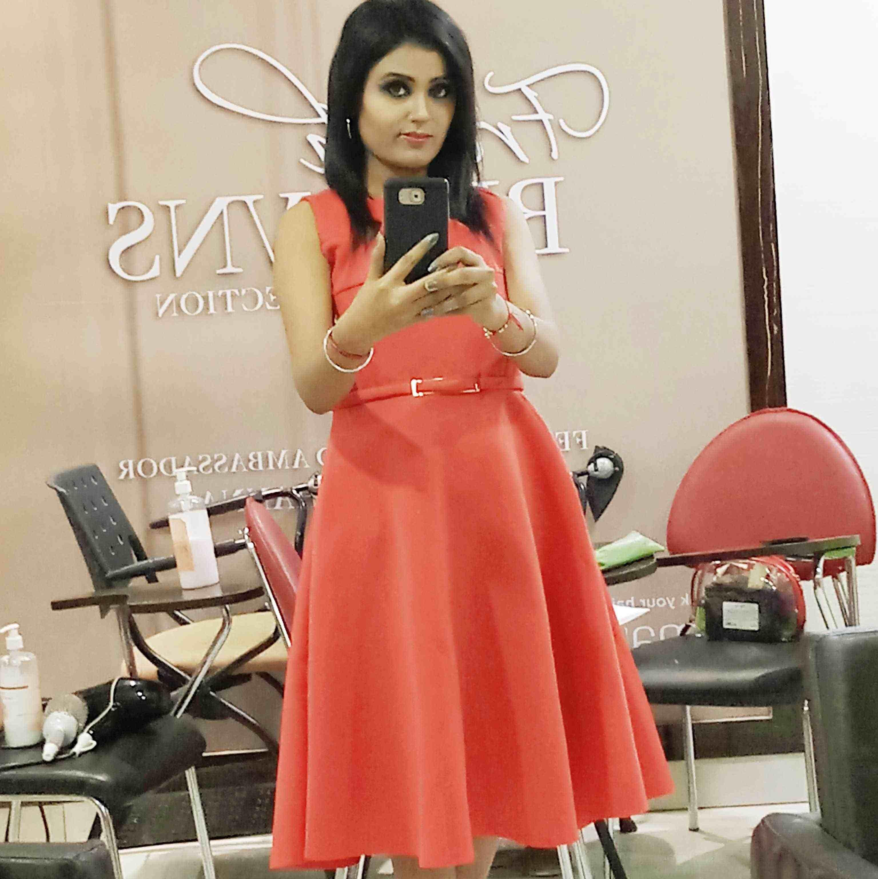 Sushma Thakur (❤️Sσɳυ❤️)