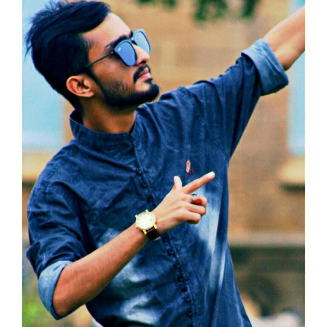 شارق خان
