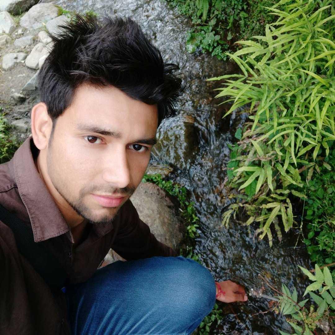 Sandeep Bali tujhe pana meri Manzil hai Manzil se dur jana Meri fitrat mein nahi