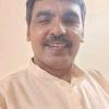 Rajendra Prasad Pandey Kavi                  POET गम मे रहकर  मुस्कुराना अब यहां तुम सीख लो,  गैर को अपना बनाना  अब यहां तुम सीख लो। चोट आई जख्म गहरे आंसू बहाना छोड़ दो, खुद पे तू कर भरोसा प्रेम करना  सीख लो।