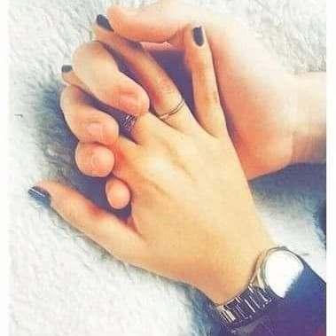 काश तुम मेरा हाथ थाम लो,  और खुदा उस वक़्त को थाम ल