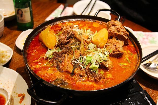 Non veg bina khana jaye na   Bina chicken, fish Bi