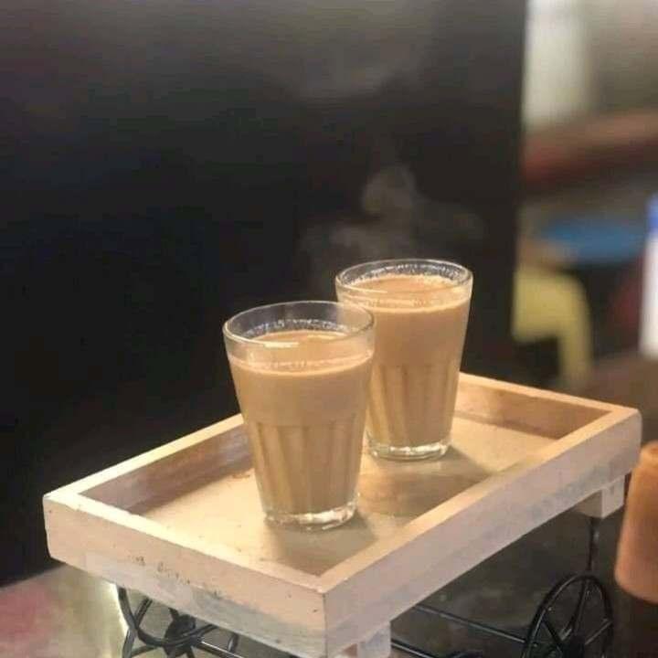 चाय की दुकान पर याराना गजब का देखा राम की उधारी मै