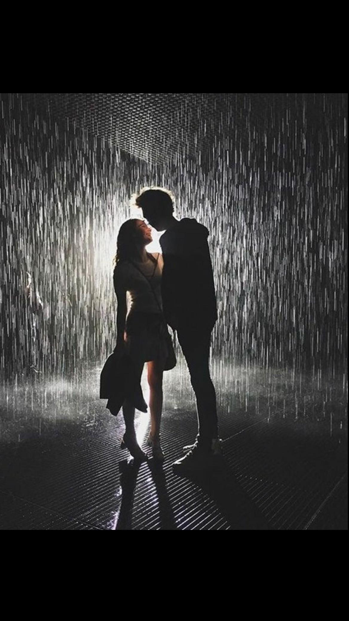 काश फिर आज रात बरसात हो , काश तेरी मेरी आज मुलाकात